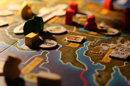 """Imagem de uma partida do boardgame """"Game of Thrones"""""""